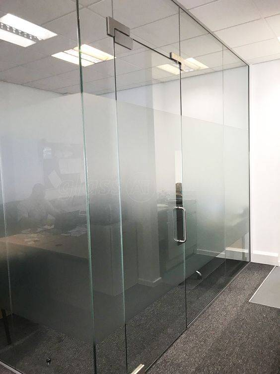 https://www.archerswindows.ie/wp-content/uploads/2019/11/Internal-Glass-Screens-2.jpg